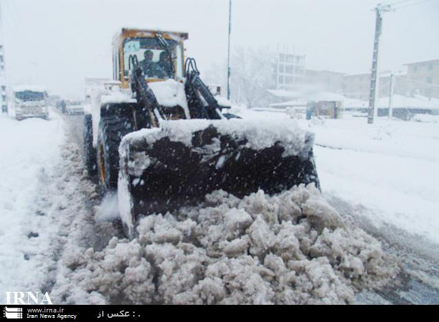 چرا هیچکس به فکر در برف مانده ها نیست ؟
