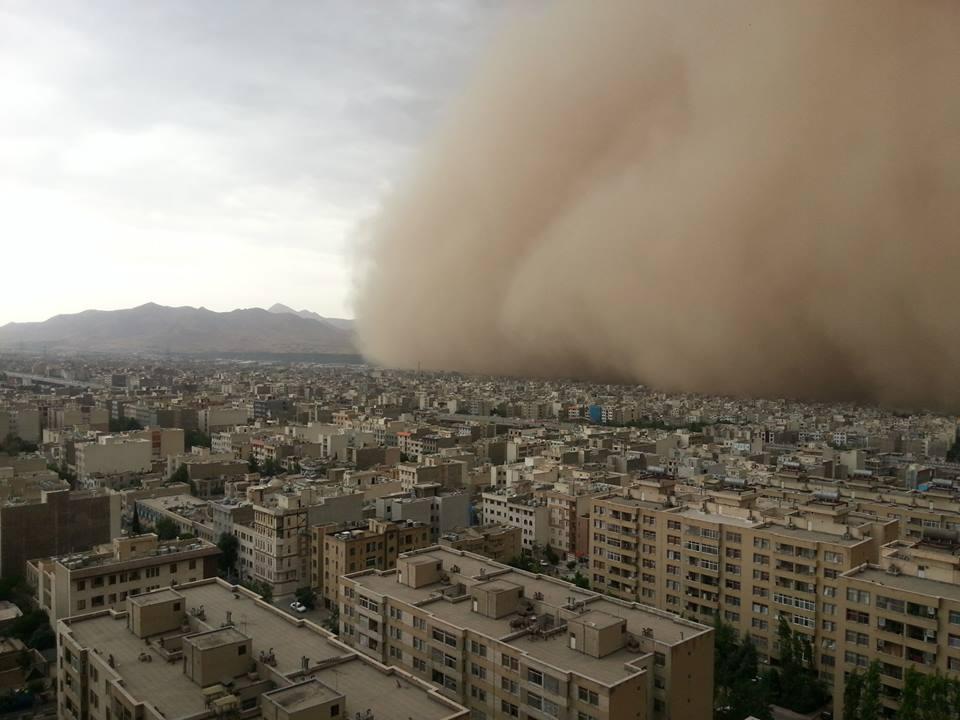 آنها که هشدار لازم برای طوفان ۱۲ خرداد تهران را ندادند، مسئول هستند