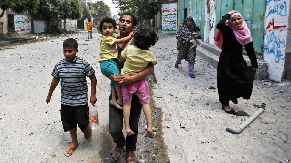 ما اعضاء گروه نجات موج پیشرو داوطلبیم تا سپر انسانی کودکان غزه شویم