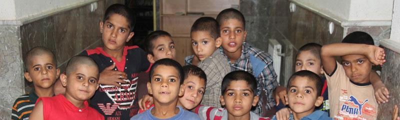 فطریه خانواده خود را به مراکز کودکان بی سرپرست بدهیم